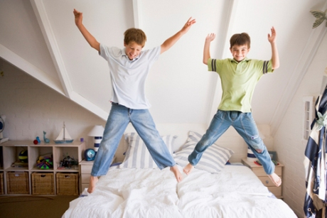 Boys jumping on bed2
