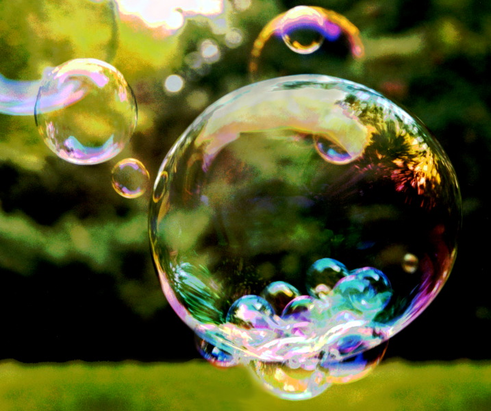 Recipe for fun for How to make bubbles liquid at home