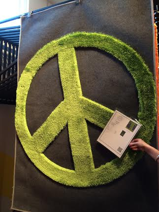 Suyra Introduced A New Line Of Rugs For Kids. This Green Peace Sign May Be  Good For Sibs Sharing A Bedroom!