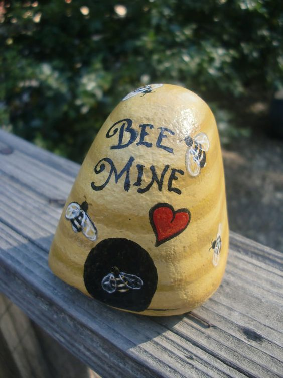 bee-mine-stone